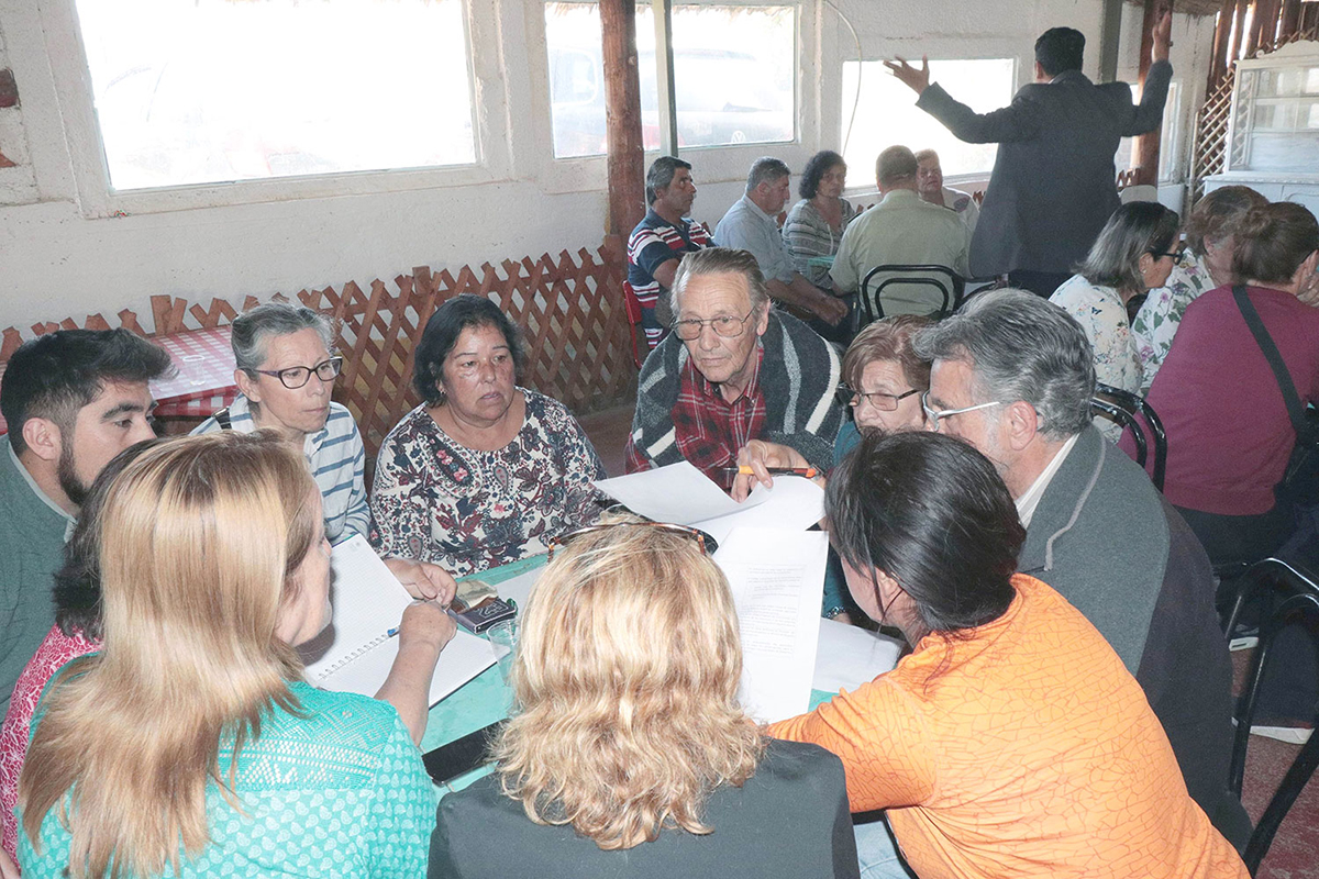Sector costero de Coquimbo opina en conversatorios territoriales - http://www.diariolaregion.cl
